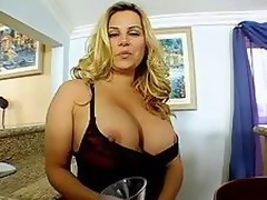 Golden-haired Milf Shakes Her Tits!