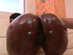 Nyomi Banxxx lounges by the pool shaking her moneymaker. After teasing u with her amazing ass, she heads indoors where shes greeted by Jordan Ash who drenches her fine behind in oil.