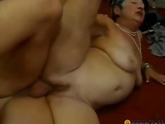 Woman with shaggy pussy drilled by a chap