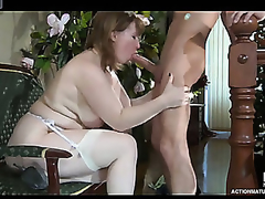 Breasty mommy catches a lad on his way from the shower eager for a hot quickie