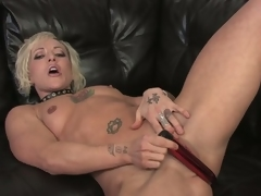 Watch this hawt golden-haired milf strip and masturbate in hd